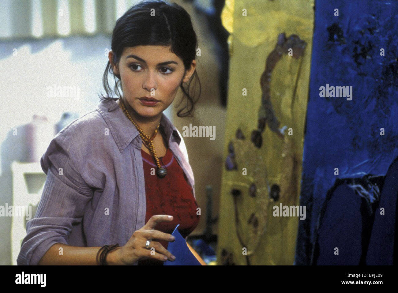 AUDREY TAUTOU HE LOVES ME... HE LOVES ME NOT (2002) - Stock Image