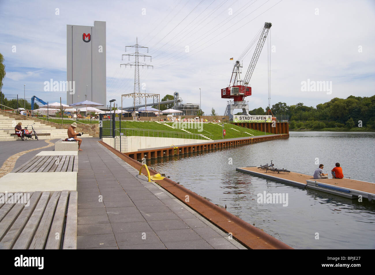 Bather at the harbour (Stadthafen) of Recklinghausen, Ruhrgebiet, North Rhine-Westphalia, Germany, Europe - Stock Image