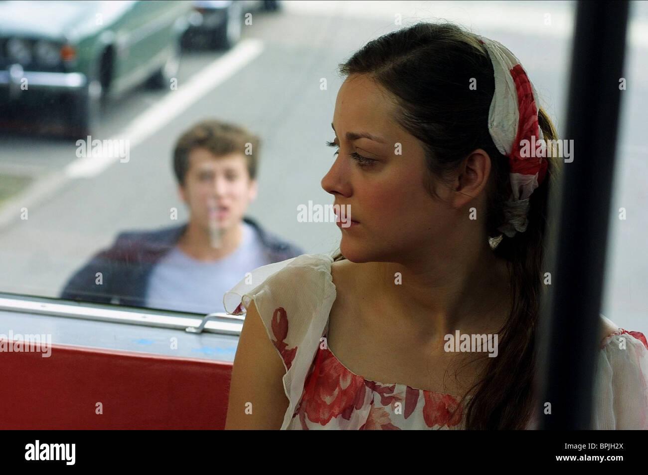 GUILLAUME CANET & MARION COTILLARD JEUX D'ENFANTS; LOVE ME IF YOU DARE (2003) - Stock Image