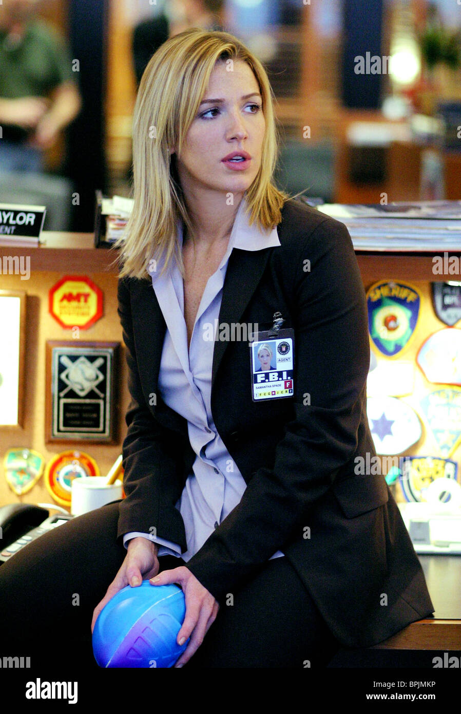 Poppy Montgomery Without A Trace 2002 Stock Photo 31144170 Alamy