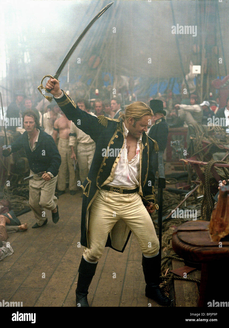 RUSSELL CROWE MASTER AND COMMANDER: THE FASTER SIDE OF THE WORLD ...