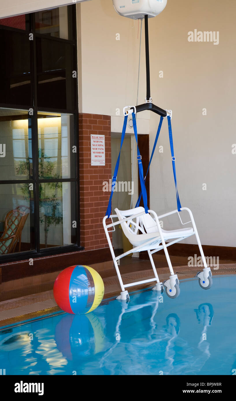Disability access _Bath Hoist at Vitalise Respite Care Centre, Southport, Merseyside, UK - Stock Image