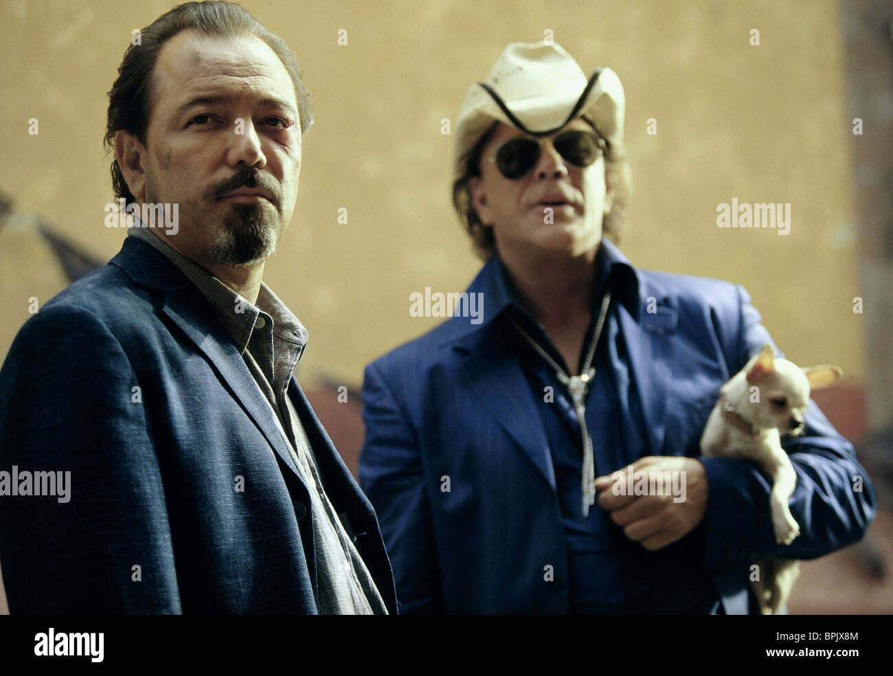 RUBEN BLADES & MICKEY ROURKE ONCE UPON A TIME IN MEXICO (2003) - Stock Image