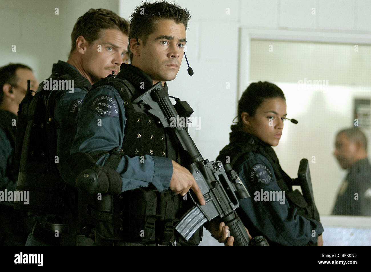 BRIAN VAN HOLT COLIN FARRELL & MICHELLE RODRIGUEZ S.W.A.T.; SWAT (2003) - Stock Image