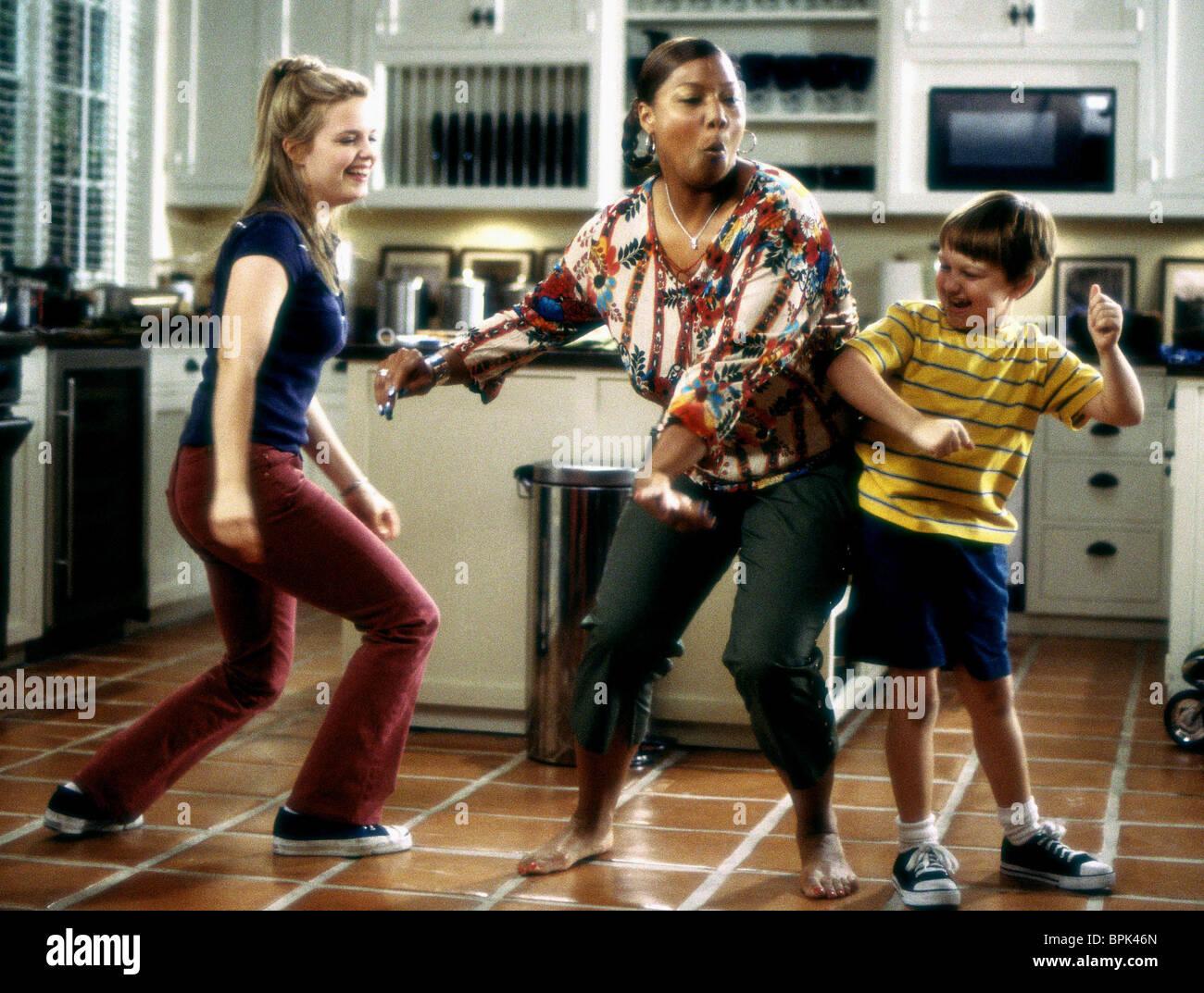KIMBERLY BROWN QUEEN LATIFAH U0026 ANGUS T JONES BRINGING DOWN THE HOUSE (2003)