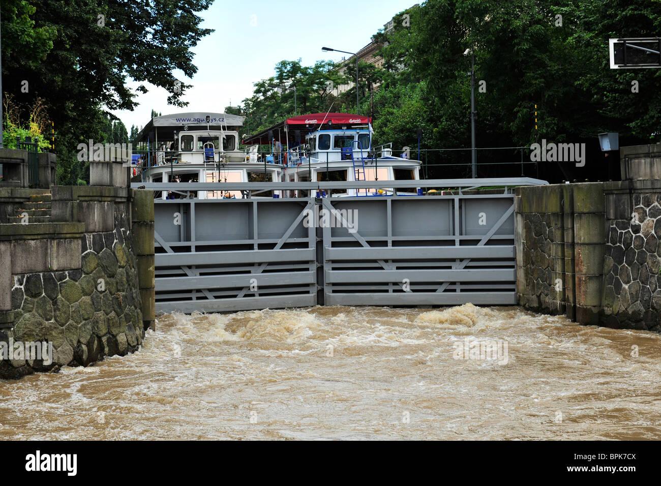 river lock on river Vltava, prague, czech republic - Stock Image