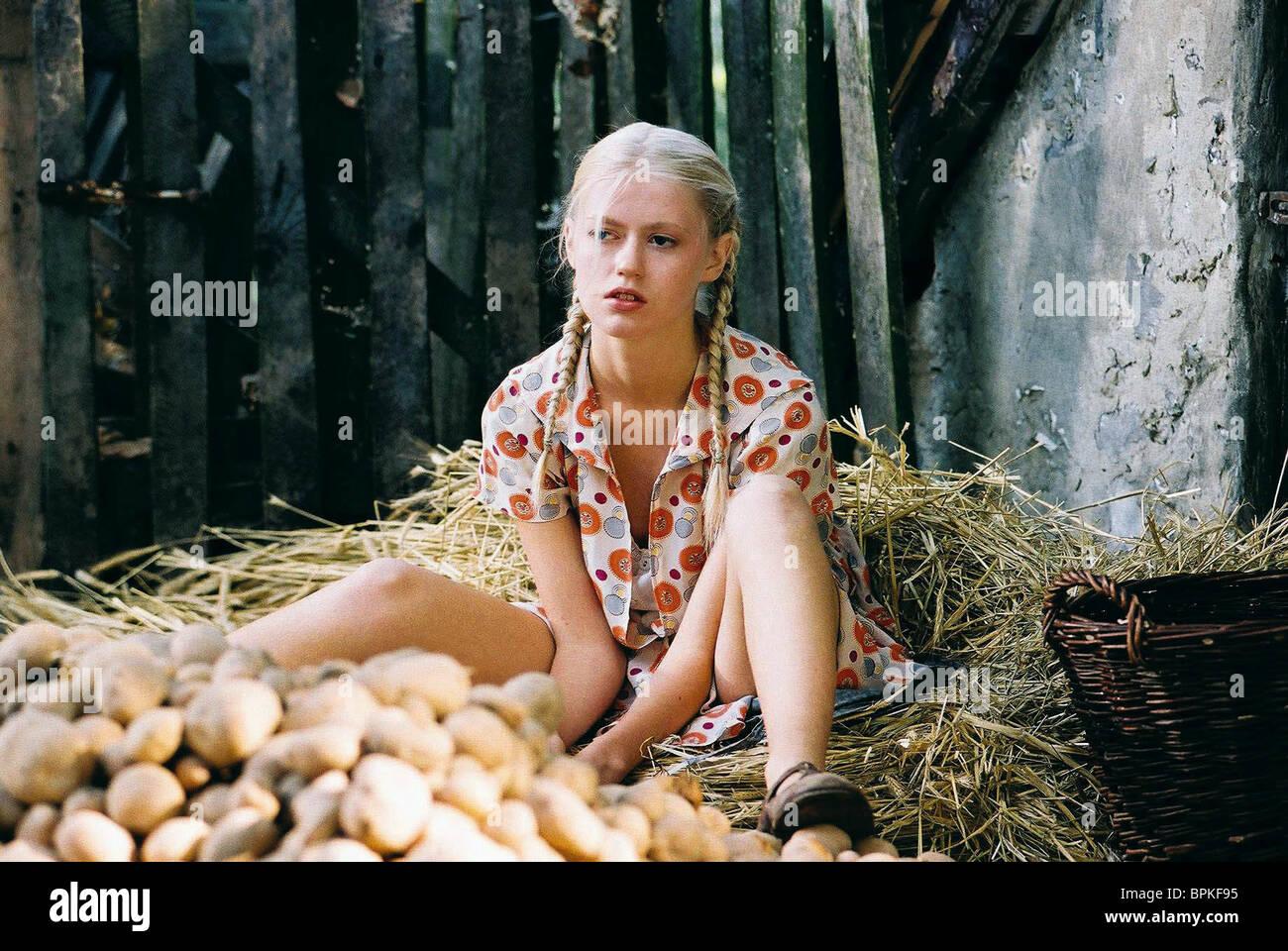 Sandra Samos Nude Photos 77