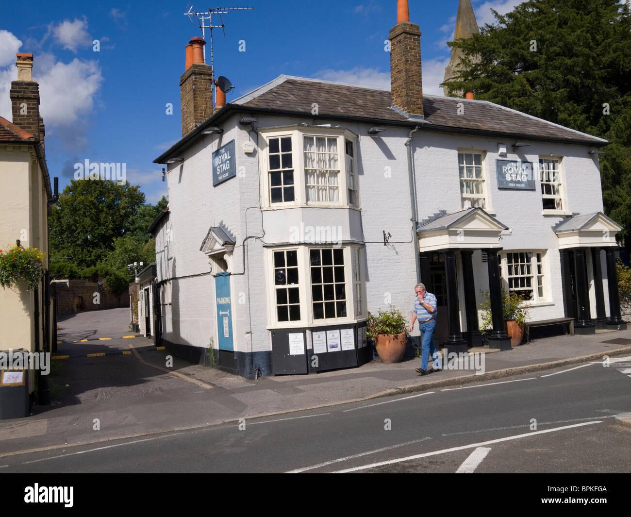 Datchet village pub, Berkshire, England - Stock Image