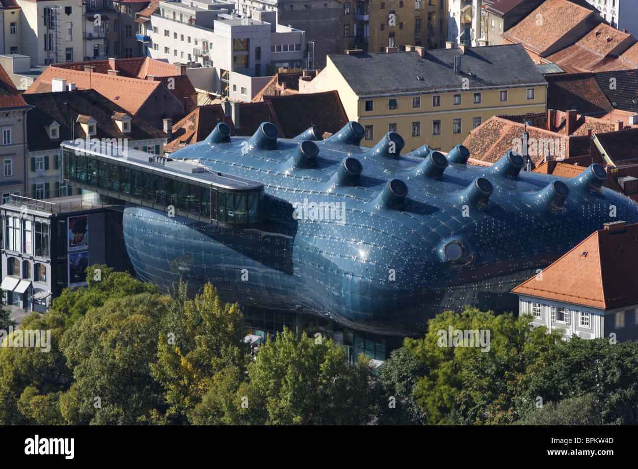 Kunsthaus, aka the Friendly Alien, blob architecture by Peter Cook and Colin Fournier, Museum of contemporary Art, - Stock Image