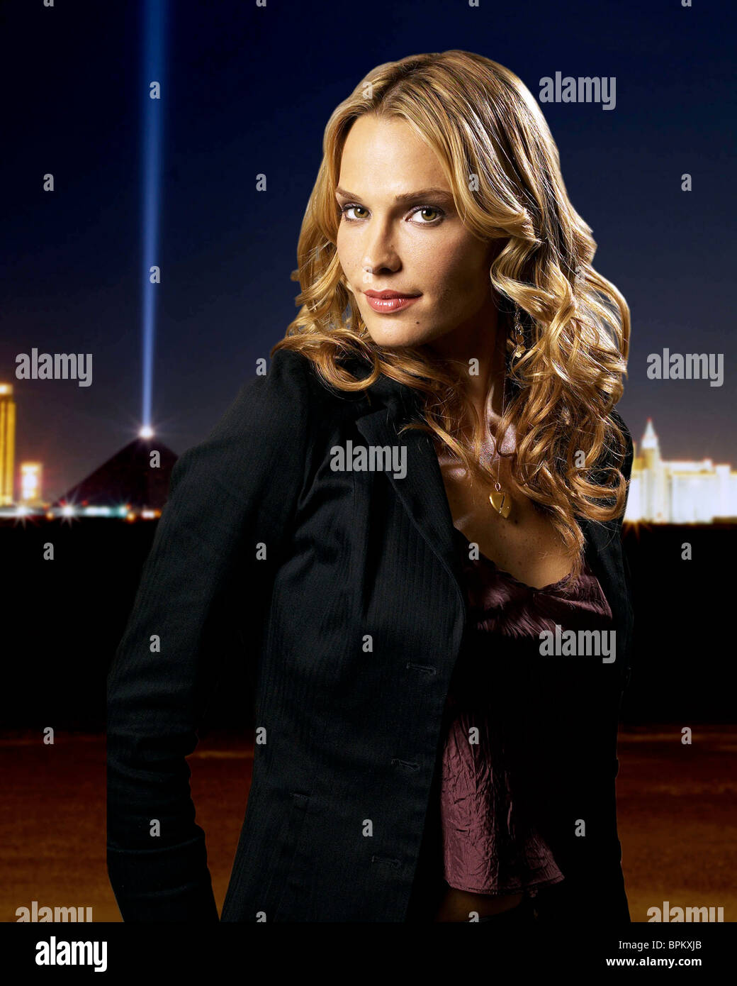 Watch Molly Sims USA 1 2001 video