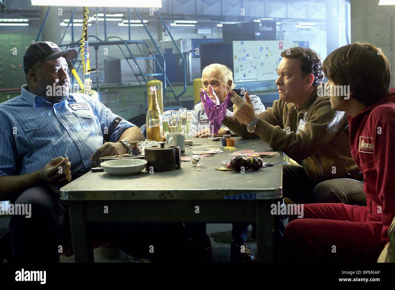 Chi Mcbride Kumar Pallana Tom Hanks Diego Luna The Terminal 2004 Stock Photo Alamy
