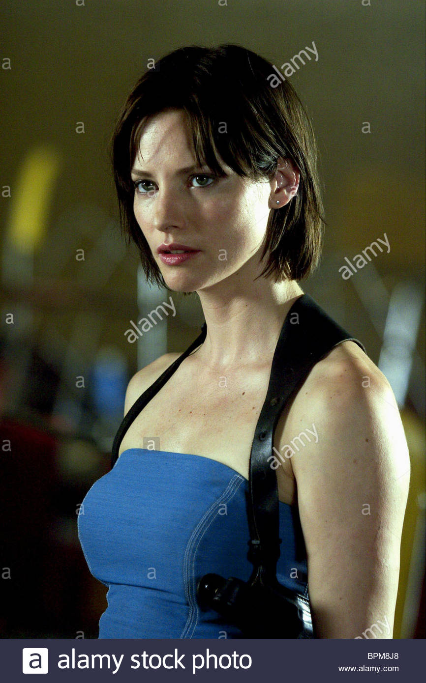 Snapchat Sienna Guillory naked (37 photo), Topless, Is a cute, Twitter, butt 2006