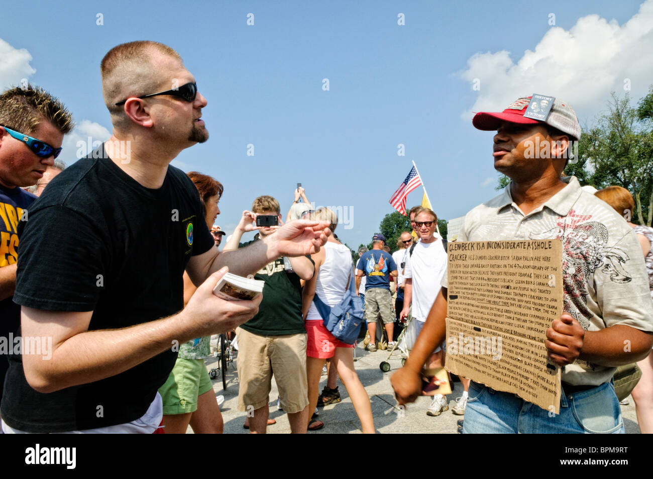 WASHINGTON DC, USA - Disagreement between pro- and anti- rally attendees. Conservative television commentator Glenn - Stock Image