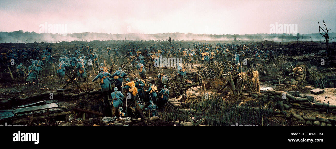 BATTLEFIELD SCENE A VERY LONG ENGAGEMENT; UN LONG DIMANCHE DE FIANCAILLES (2004) - Stock Image