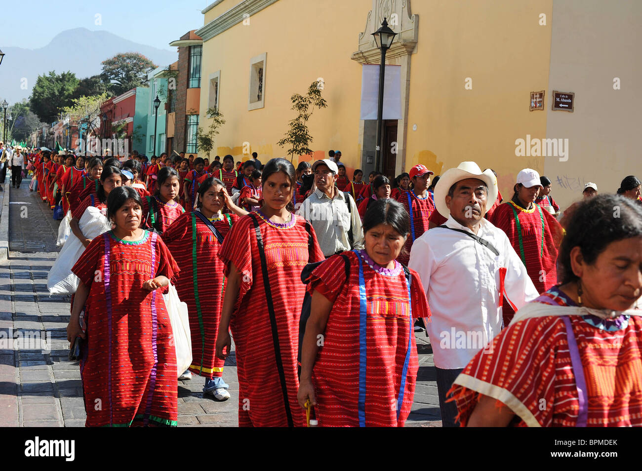 Protesters march to the Zocola in Oaxaca to demand for Government reforms and help for the poor. Mexico - Stock Image