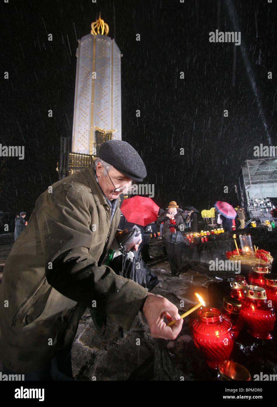 Ceremonies to commemorate 75th anniversary of Holodomor, 1932-33 famine-genocide in Ukraine - Stock Image