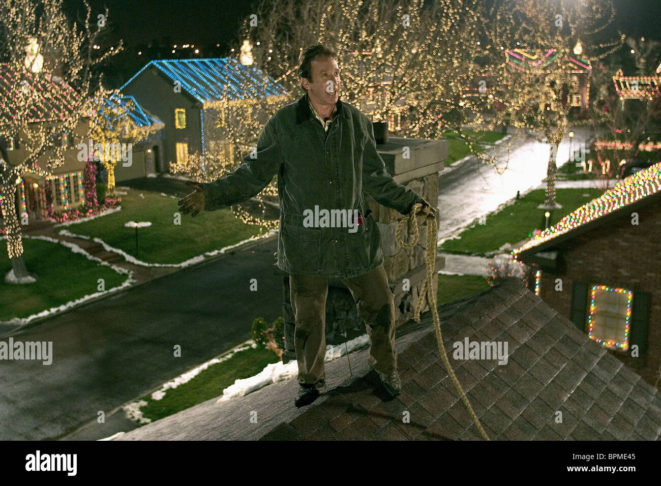 Christmas With The Kranks House.Tim Allen Christmas With The Kranks 2004 Stock Photo