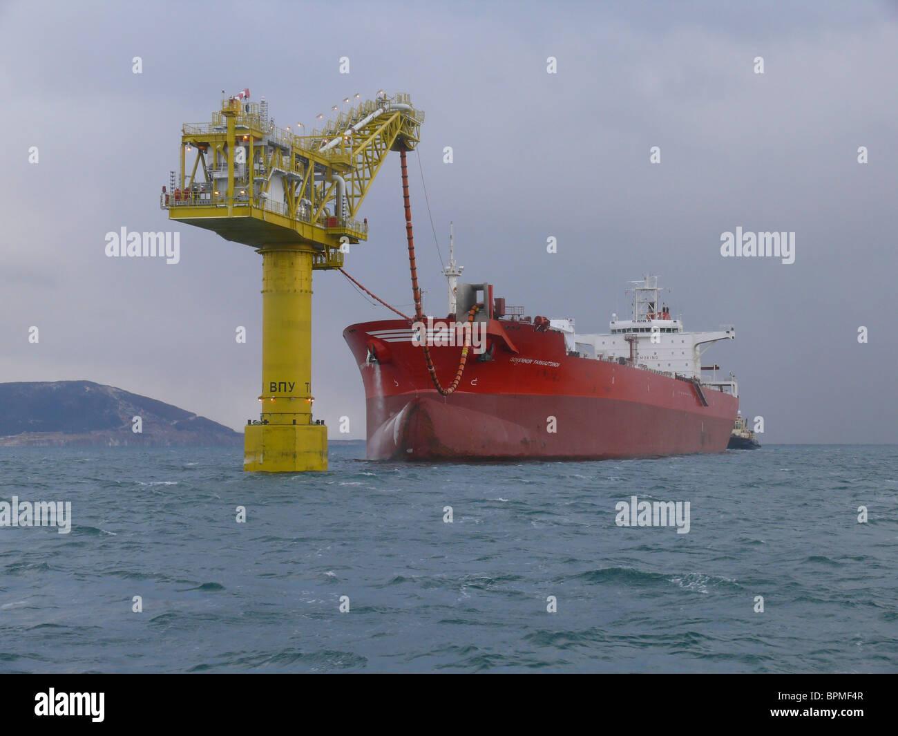 Sakhalin Energy starts year-round crude-oil exports - Stock Image