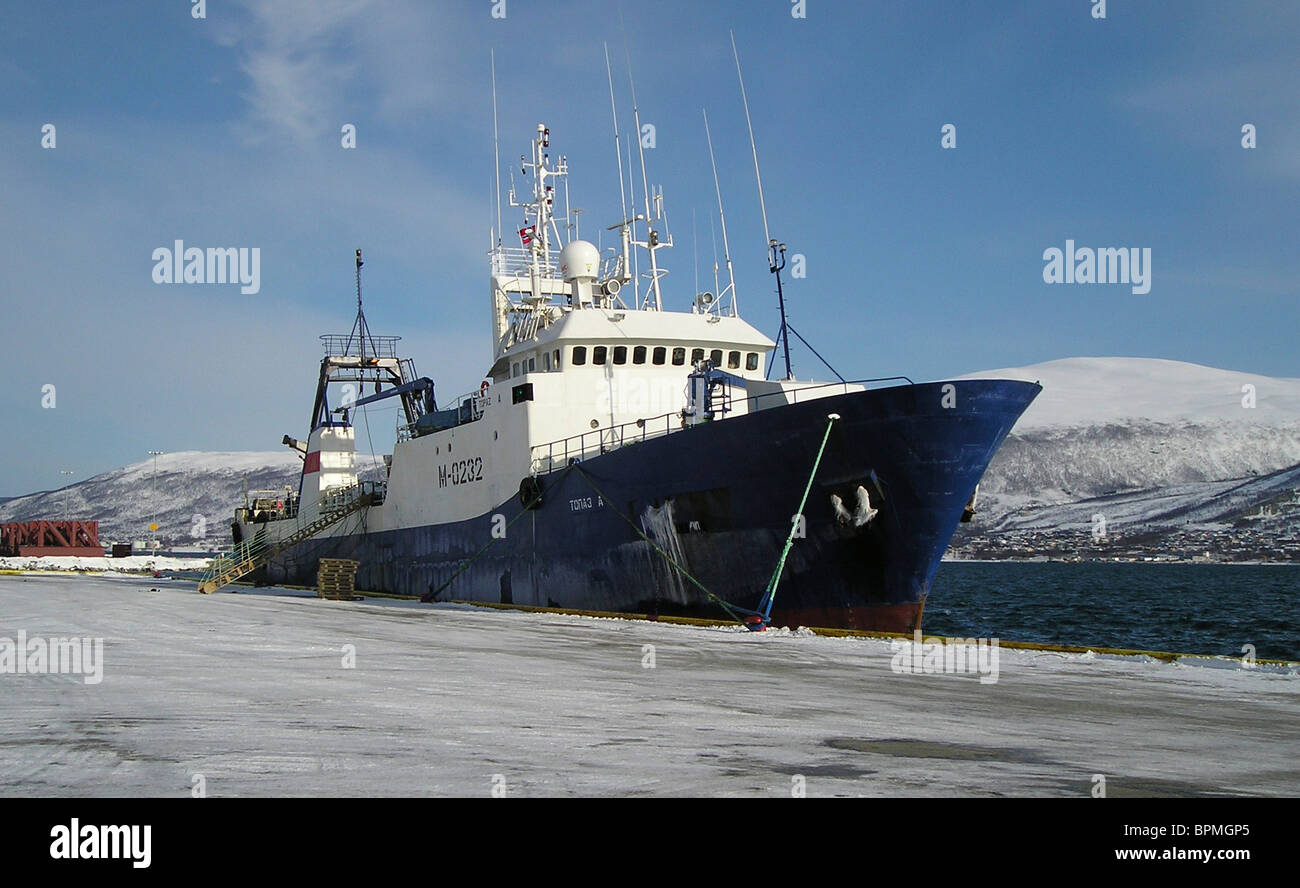 Russian trawler sinks in Barents Sea - Stock Image
