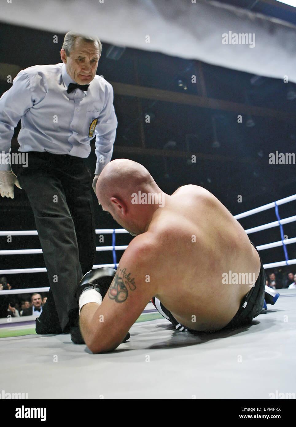 Former WBC Heavyweight Champ Oleg Maskaev defeats Richie Boruff - Stock Image