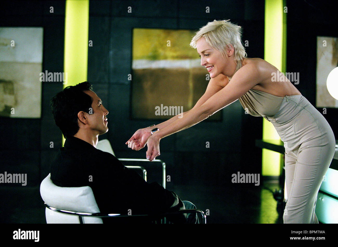 Benjamin Bratt Sharon Stone Catwoman 2004 Stock Photo 31191226
