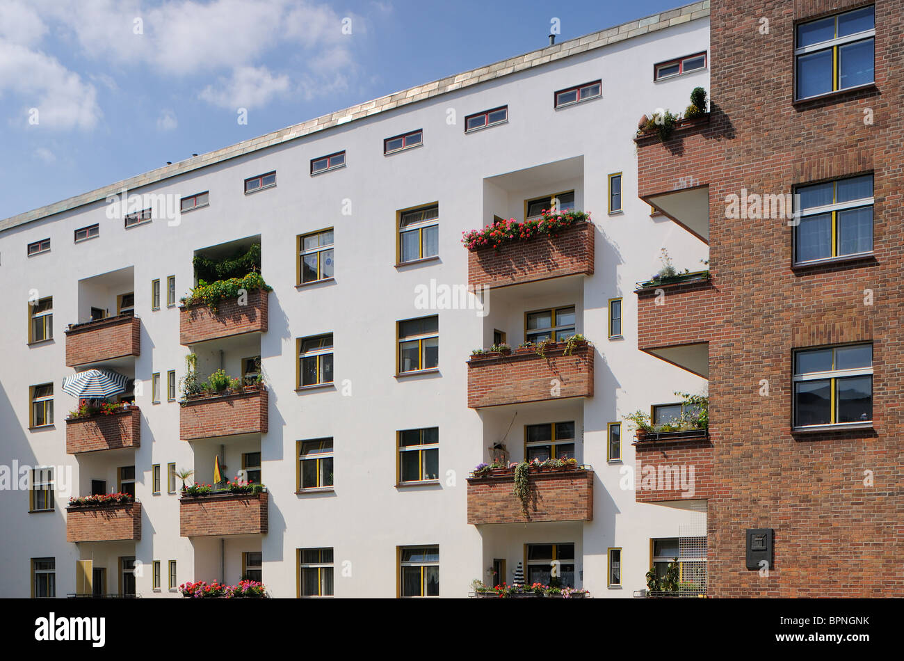 Schoenlanker Strasse Berlin Modernism Housing Estate, Ernst-Fuerstenberg-Strasse, Prenzlauer Berg, Pankow, Berlin, - Stock Image