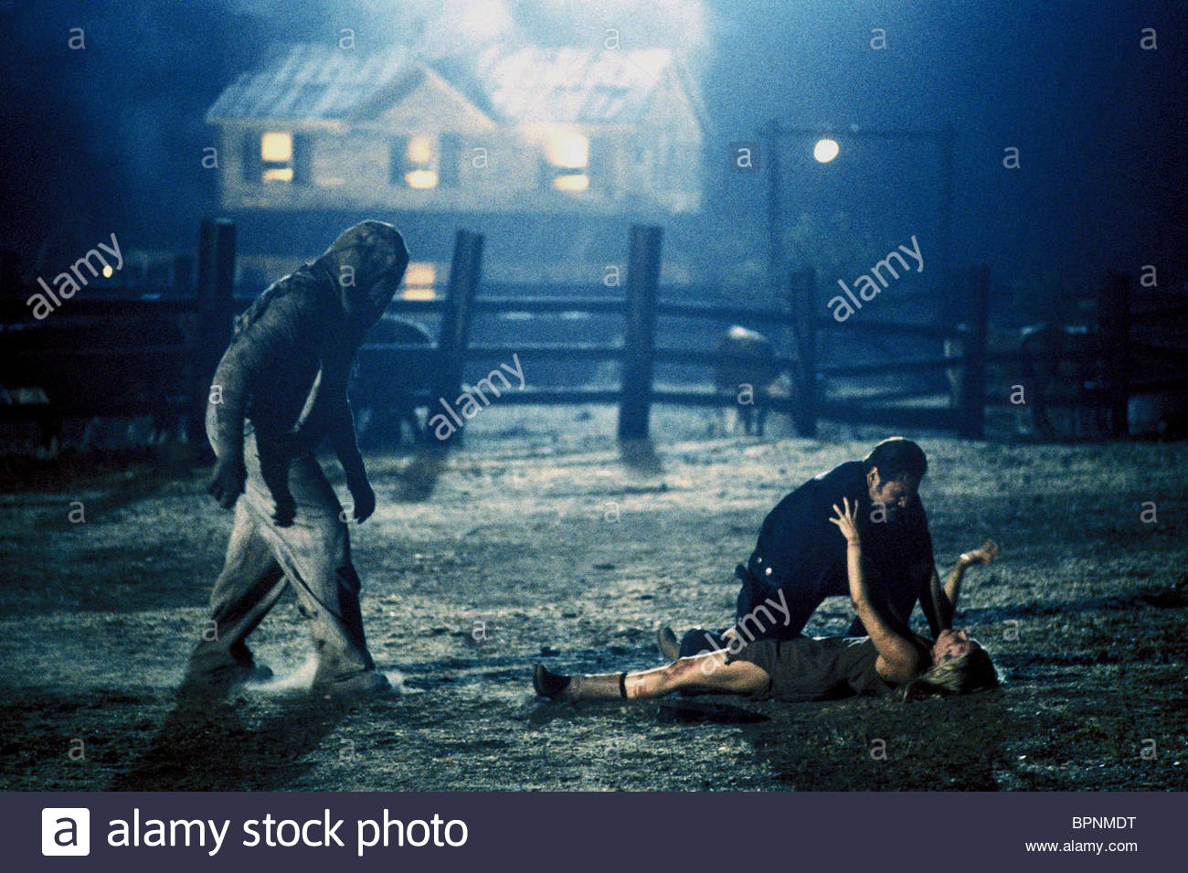 MATTHEW MCGRORY WILLIAM FORSYTHE & SHERI MOON THE DEVIL'S REJECTS : HOUSE OF 1000 CORPSES 2 (2005) - Stock Image
