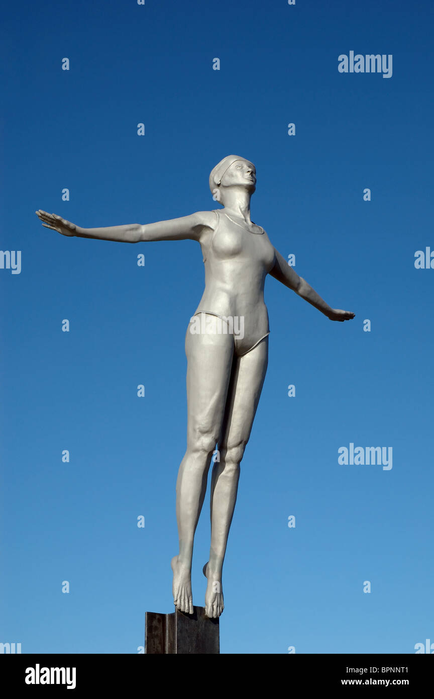 the Diving Belle sculpture, Vincents Pier, Scarborough, North Yorkshire, England, UK - Stock Image