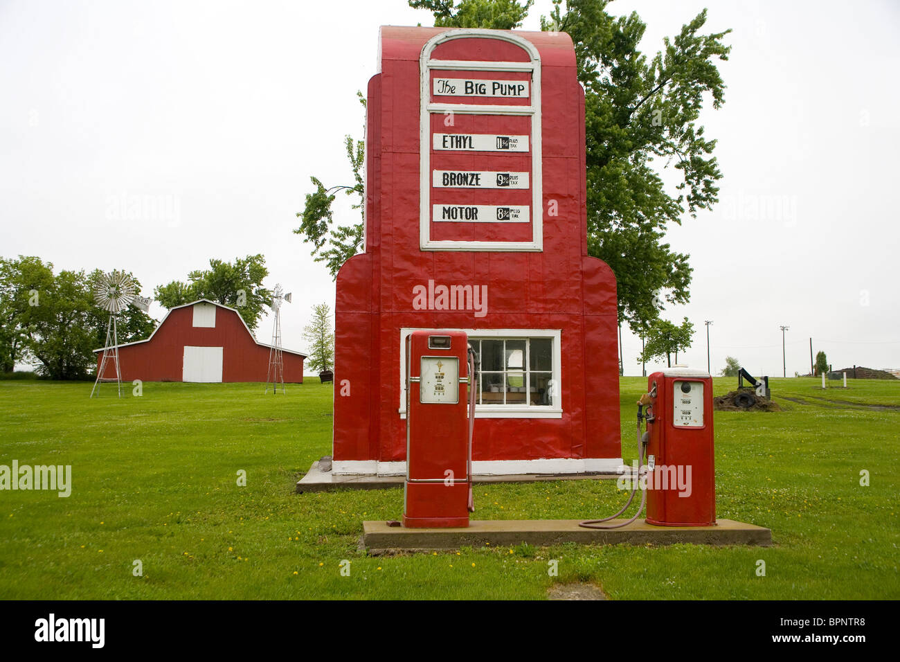 The Big Pump in King City, Missouri - Stock Image