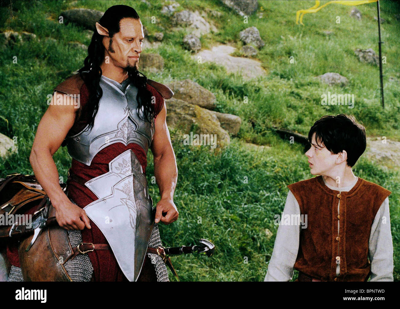 PATRICK KAKE & SKANDAR KEYNES THE CHRONICLES OF NARNIA: THE LION THE WITCH AND THE WARDROBE (2005) - Stock Image