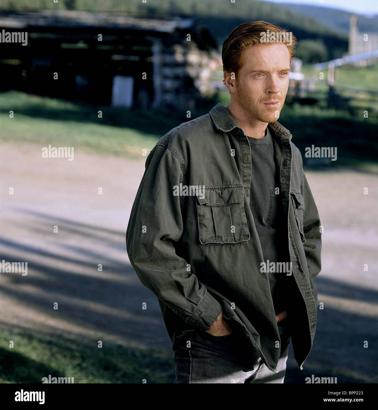 DAMIAN LEWIS AN UNFINISHED LIFE (2005) - Stock Image