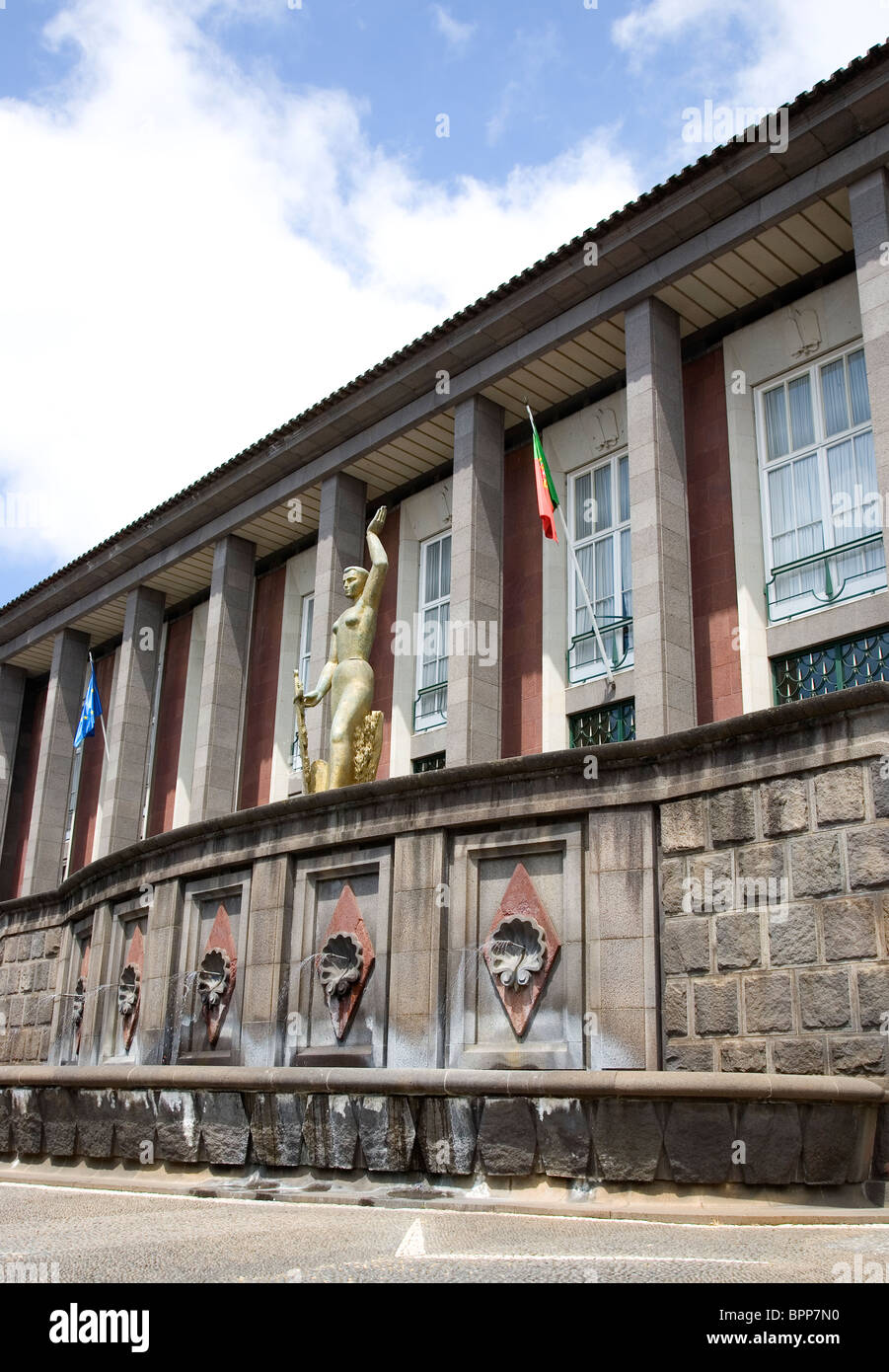 Police and Judiciary Headquarters in Funchal - Madeira - Stock Image