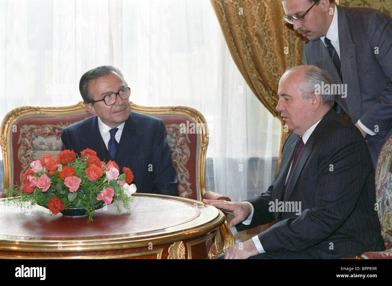 Mikhail Gorbachev and Giulio Andreotti, 1990 - Stock Image