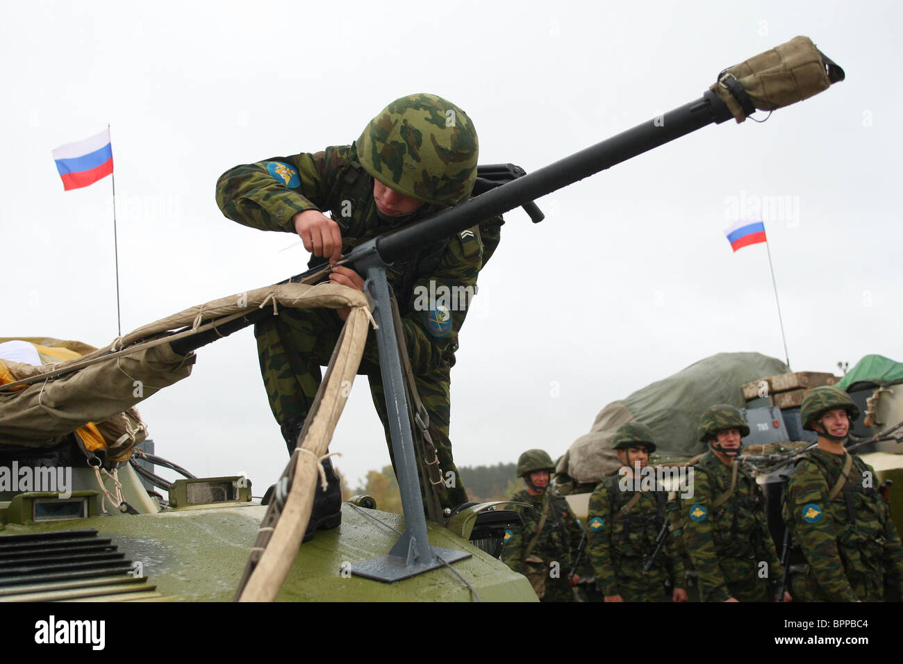 Russian military hardware sent to Belarus for Zapad-2009 drill - Stock Image