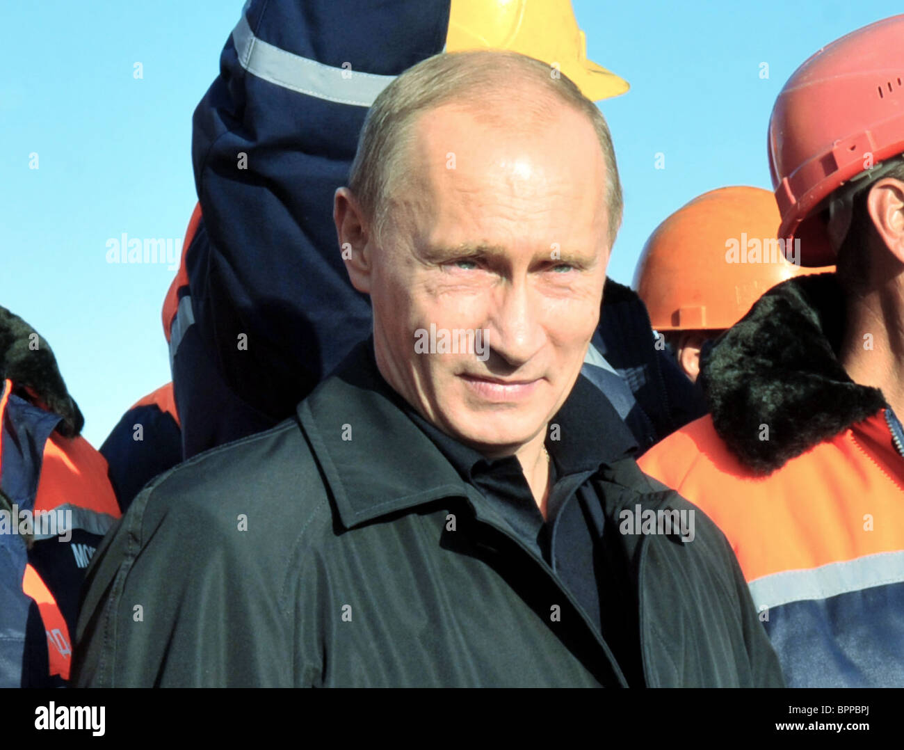 PM Putin opens new bridge across River Oka - Stock Image