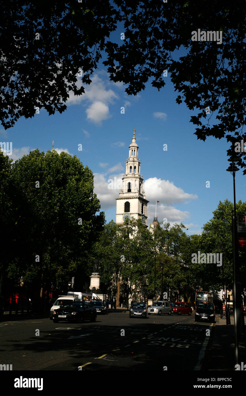 St Clement Danes church on The Strand, London, UK - Stock Image