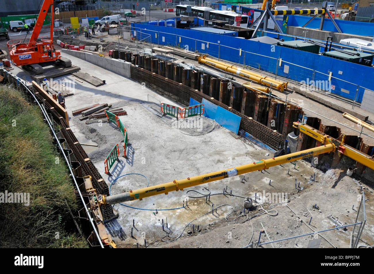 Groundforce hydraulic strut in position for foundation construction work see also Alamy ref BNH1PG - Stock Image