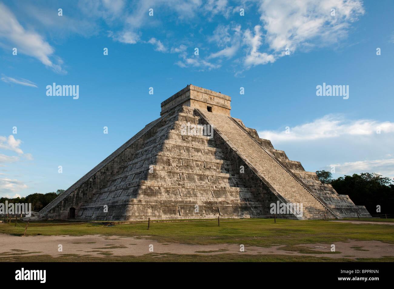 El Castillo, Chichen Itza ruins, The Yucatan, Mexico - Stock Image