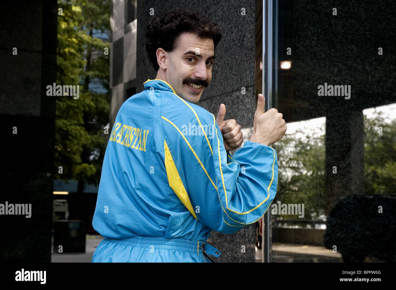 SACHA BARON COHEN BORAT: CULTURAL LEARNINGS OF AMERICA FOR MAKE BENEFIT GLORIOUS NATION OF KAZAKHSTAN (2006) - Stock Image