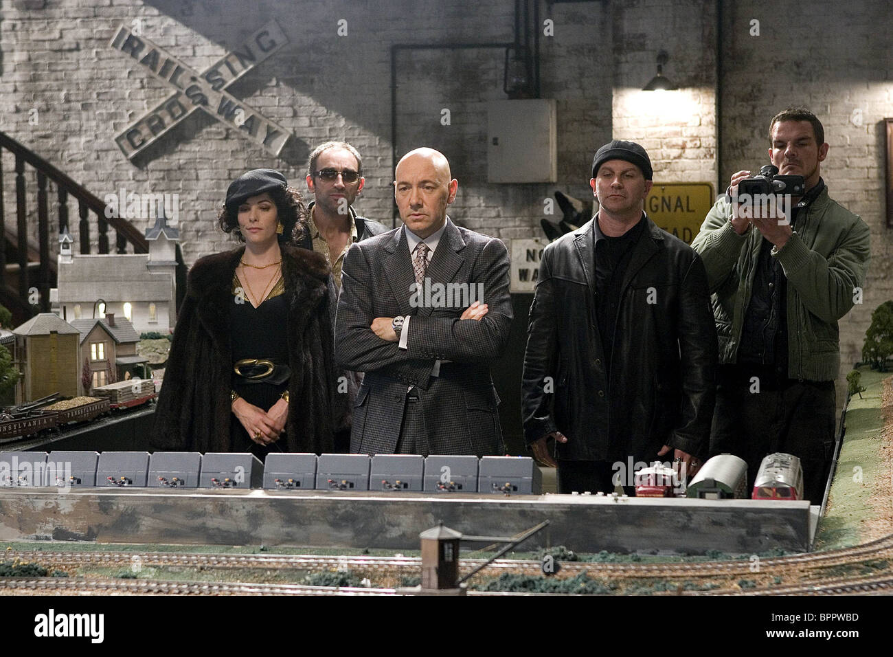 PARKER POSEY VINCENT STONE KEVIN SPACEY DAVID FABRIZIO & IAN ROBERTS SUPERMAN RETURNS (2006) - Stock Image