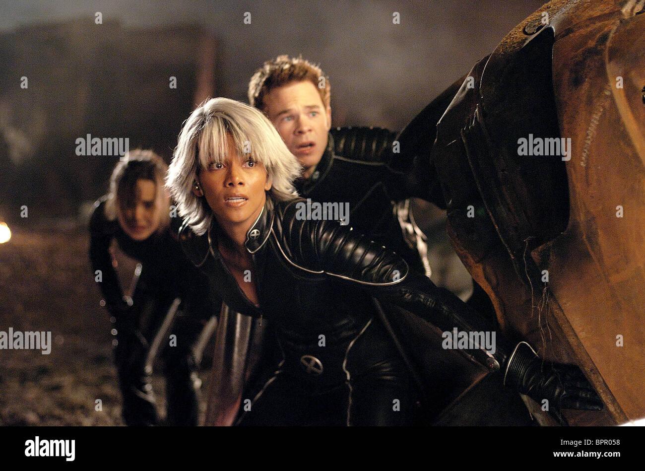 Ellen Page Halle Berry Shawn Ashmore X Men The Last Stand X Men Stock Photo Alamy