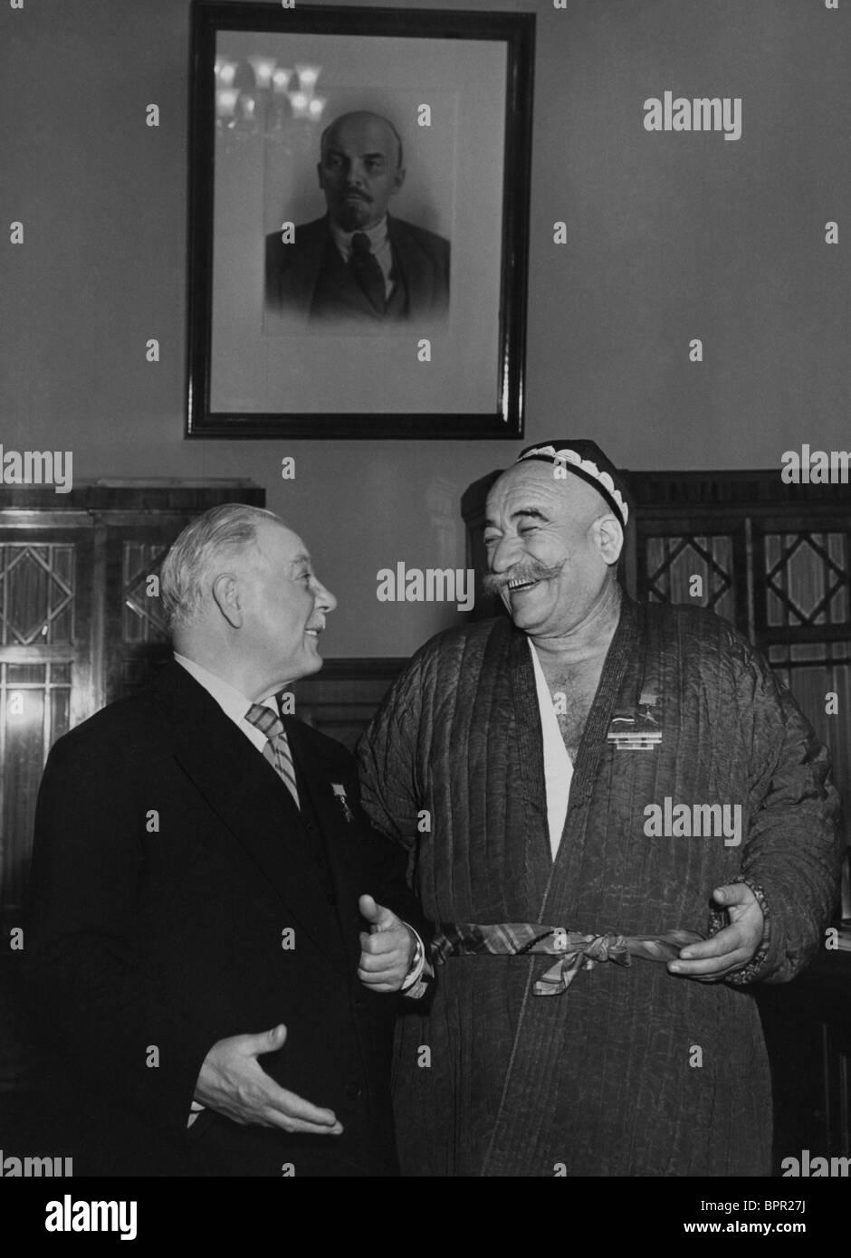 Kliment Voroshilov presents awards, 1955 Stock Photo