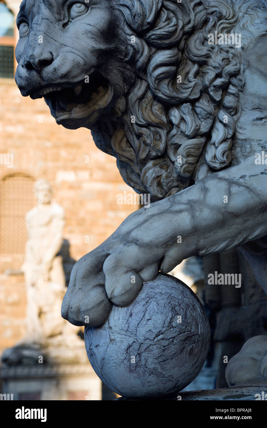 ITALY Tuscany Florence The 1533 statue of Hercules and Cacus by Bandinelli  in the Piazza della Signoria by the - Stock Image