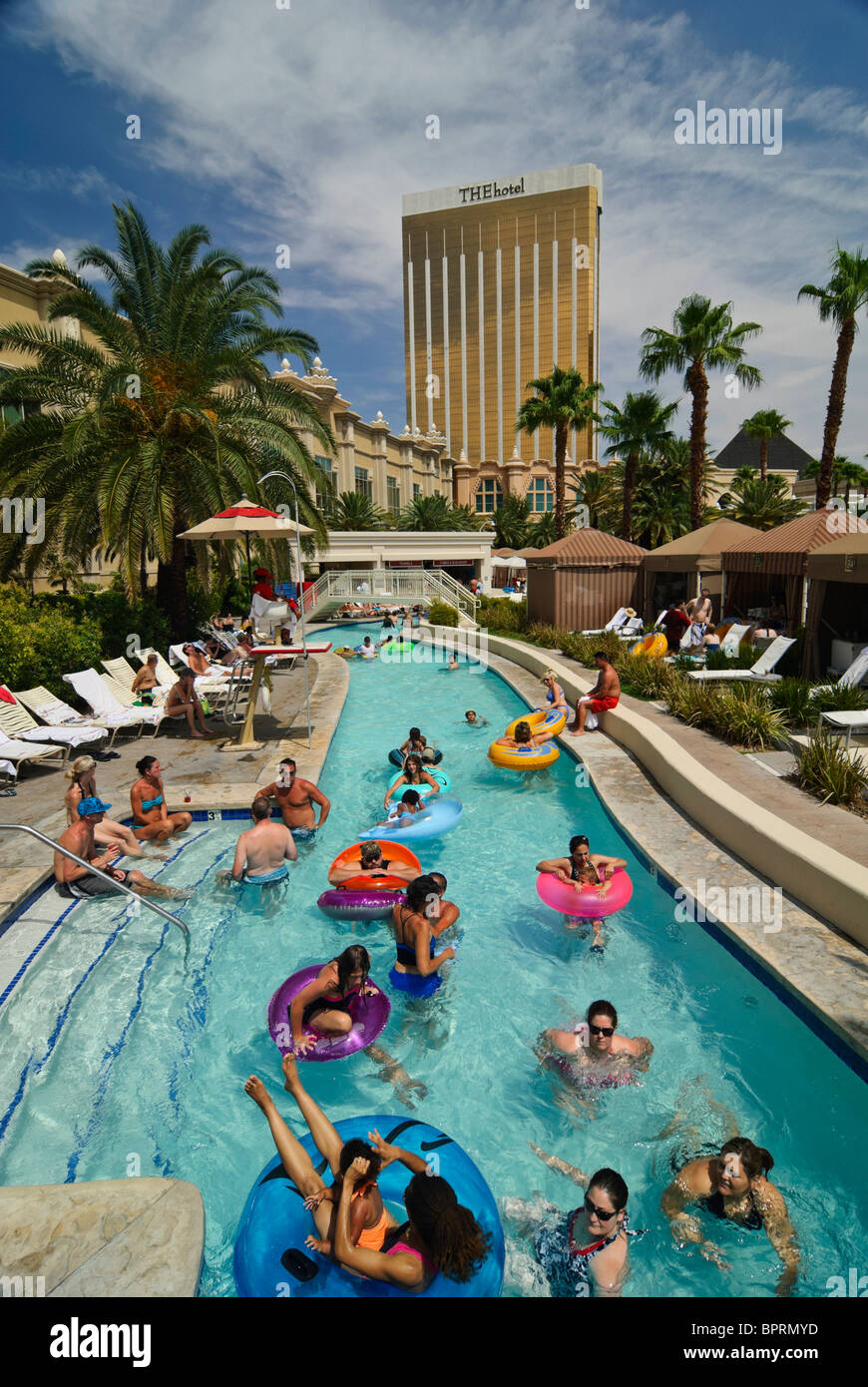 The Lazy River At Mandalay Bay Beach Stock Photo 31254145