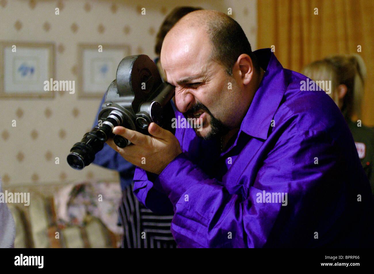 OMID DJALILI ALIEN AUTOPSY (2006) - Stock Image