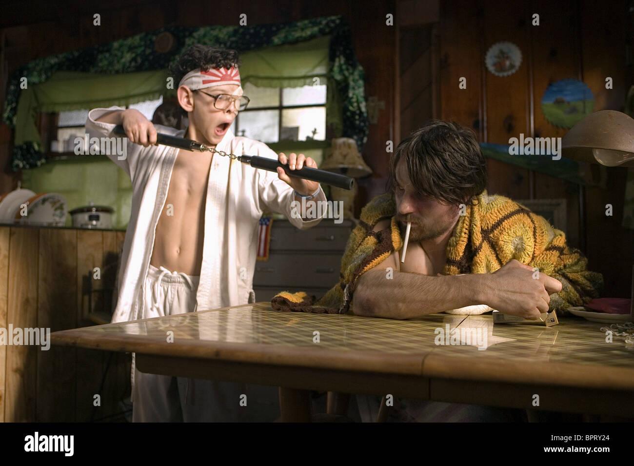 ZACH CUMER & MARTIN HENDERSON SMOKIN' ACES; SMOKING ACES (2006) Stock Photo