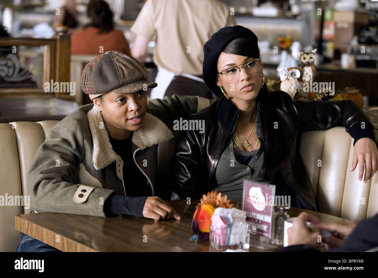 TARAJI P. HENSON & ALICIA KEYS SMOKIN' ACES; SMOKING ACES (2006) - Stock Image