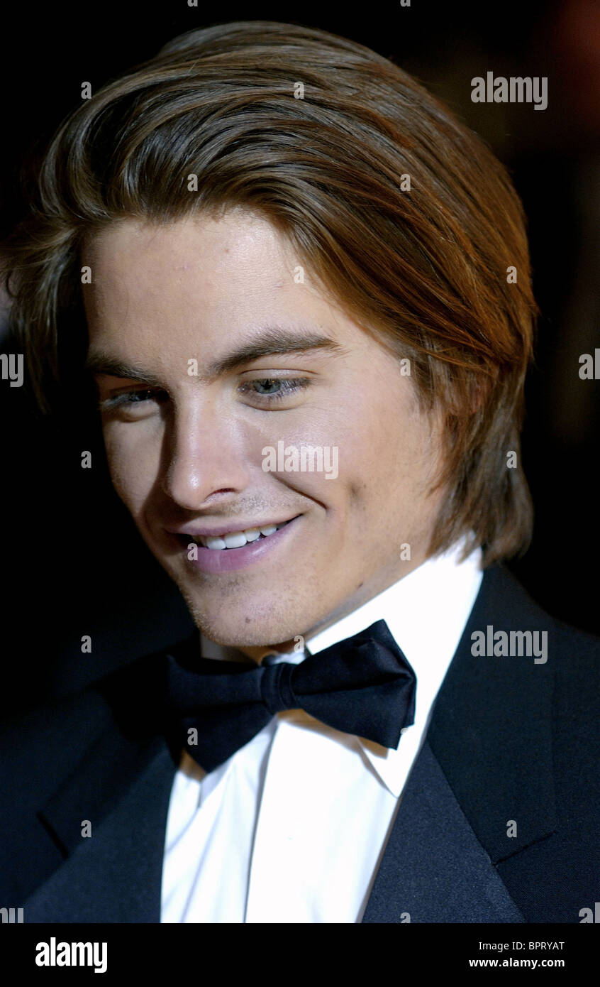 Kevin Zegers naked (32 photo), Sexy, Leaked, Twitter, braless 2006