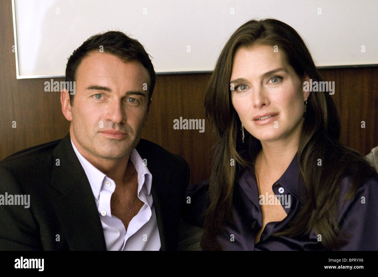 julian mcmahon brooke shields nip tuck nip tuck. Black Bedroom Furniture Sets. Home Design Ideas