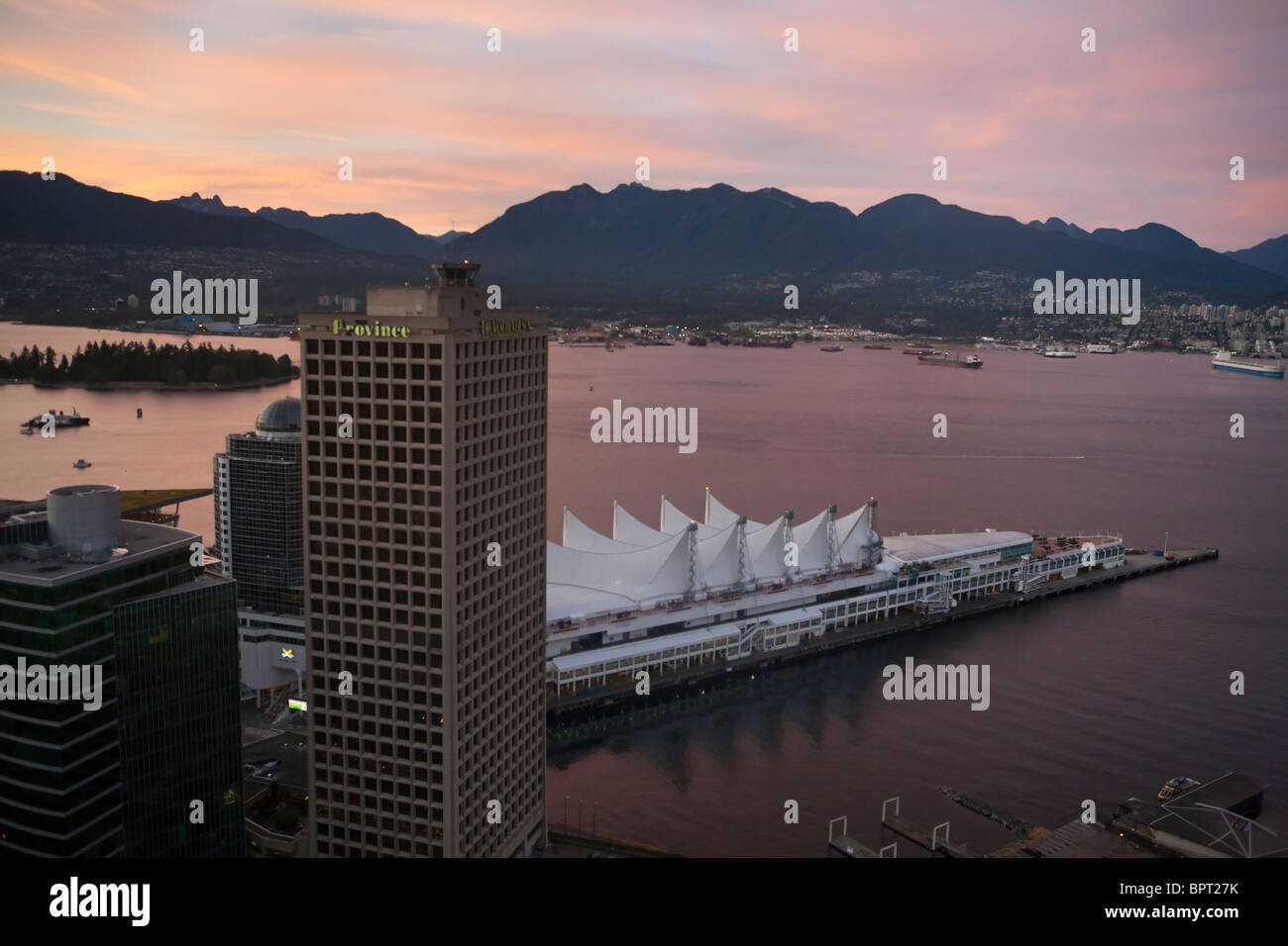 Aerial view of Canada Place at sunset, Vancouver, British Columbia, Canada - Stock Image
